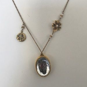 Jewelry - Make Love Not War Nexkalc